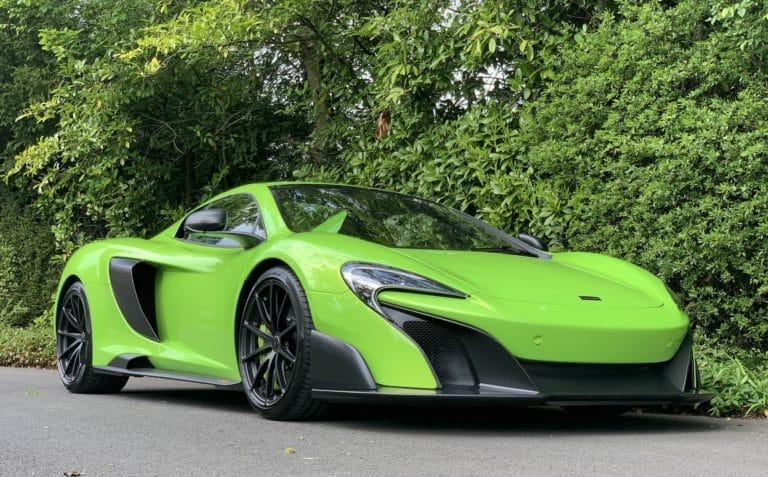 McLaren 675LT 3.8 V8 Spider A truly great driving experience. Putting F1 Technology on the road.