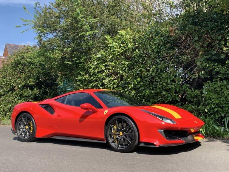 Ferrari 488 Pista, Front Suspension lifter, Carbon Fibre Wheels 2019