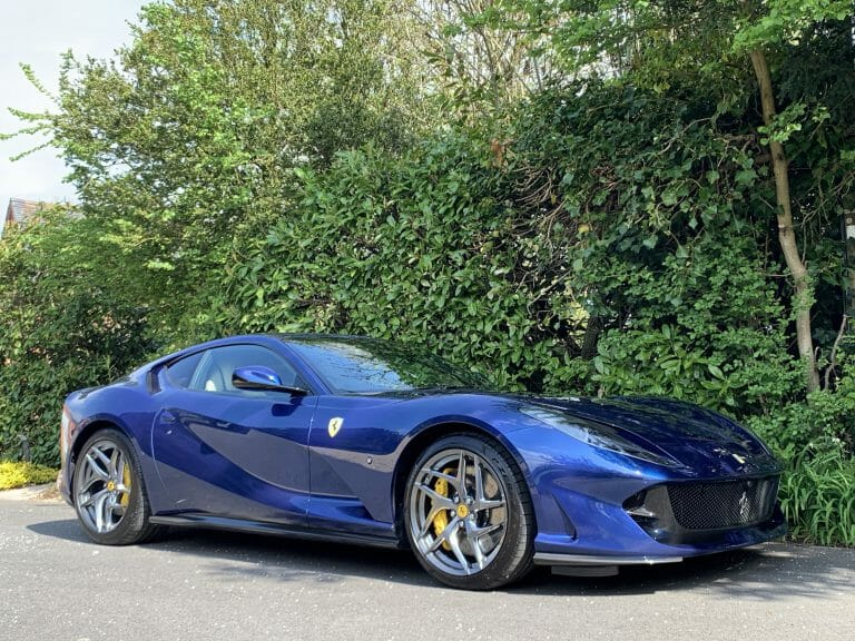 Ferrari 812 Superfast, stunning looks and specification 2019