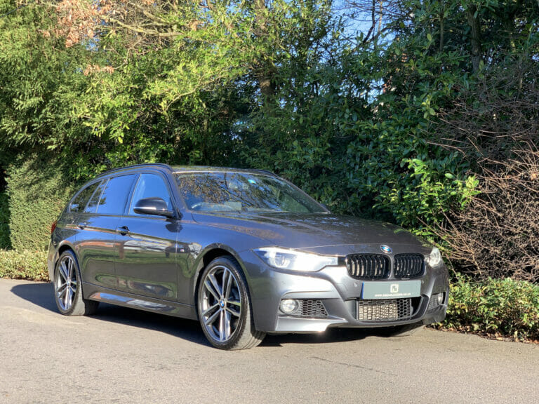 BMW 335d xDrive M Sport Shadow Edition Touring 2017 (67)