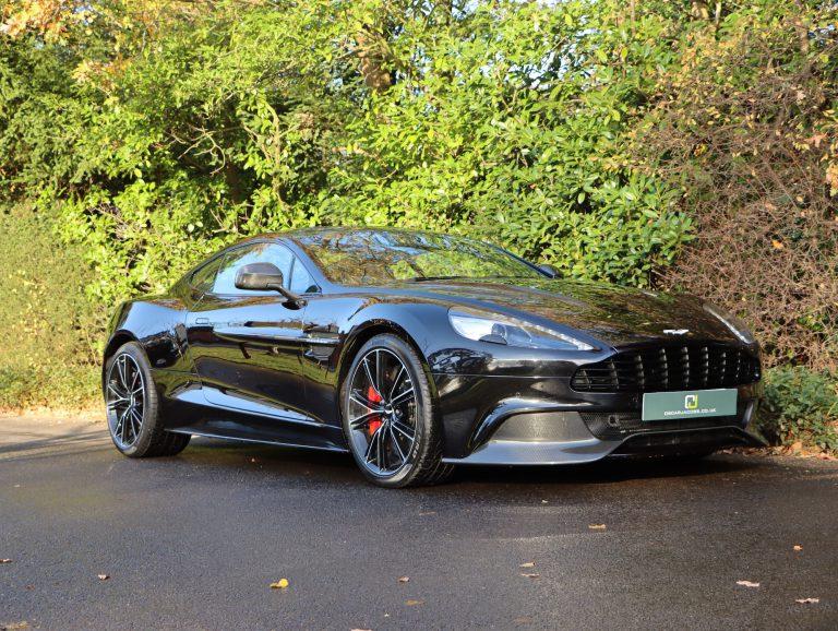 Aston Martin Vanquish Coupe 2017 (17)