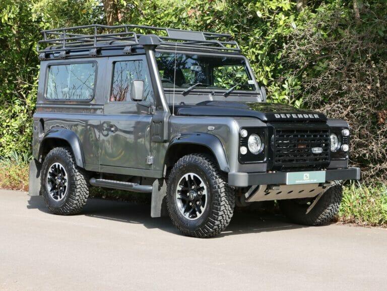 Land Rover Defender 90 Adventure 2016 (16) Super low miles example